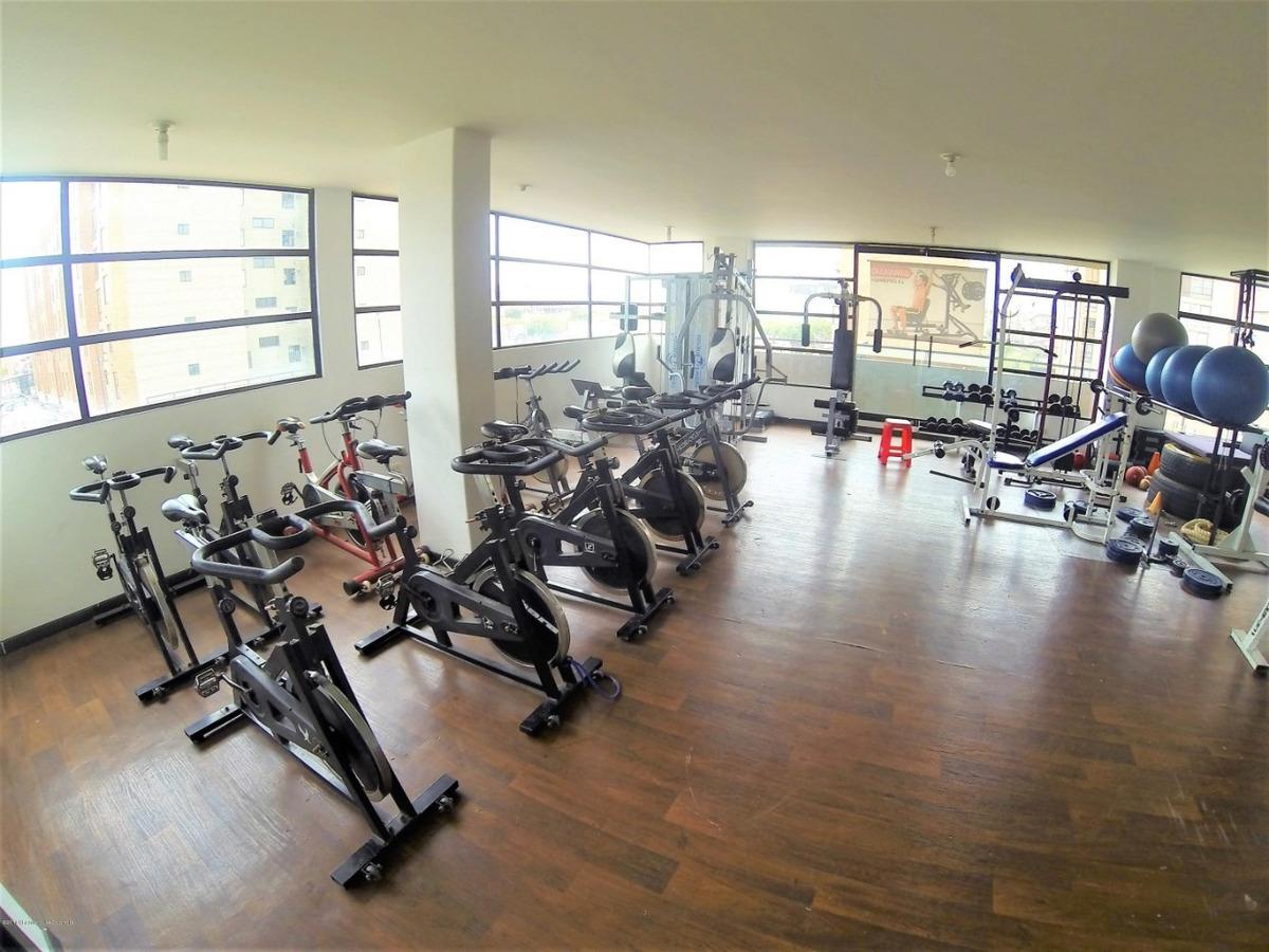 rentahouse vende apartamento en castilla kennedy mls 19-115
