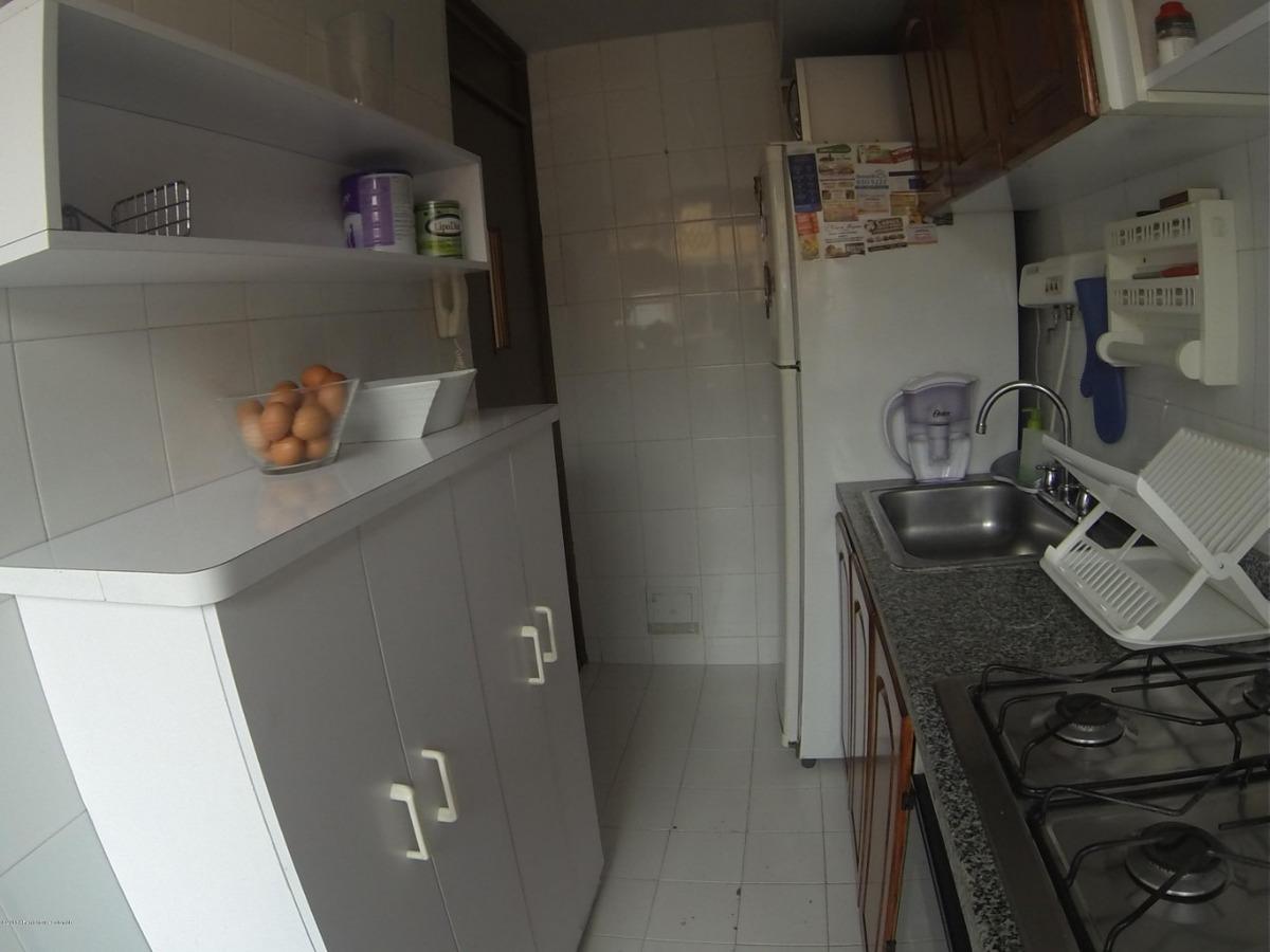 rentahouse vende apartamento en hayuelos mls 20-561