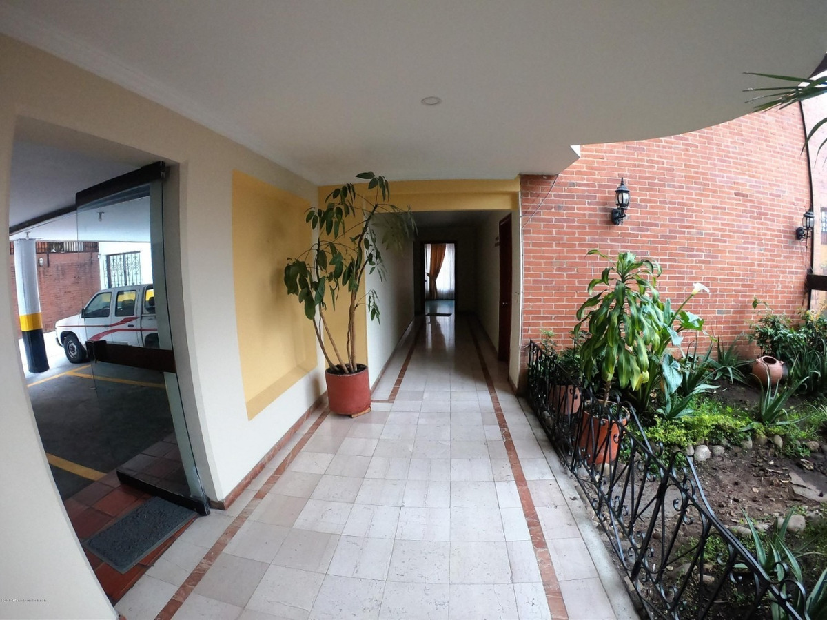 rentahouse vende edificio en santa barbara mls 20-591