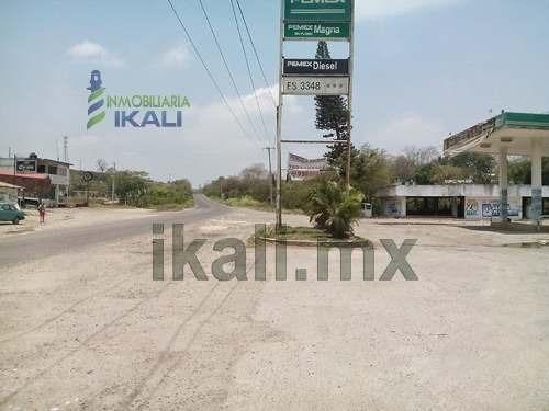 rentas y ventas tuxpan veracruz. se encuentra abordo de la carretera tuxpan-tampico, en la colonia universitaria en el municipio de tuxpan veracruz. es un terreno de 3950 m² (aproximadamente) con un