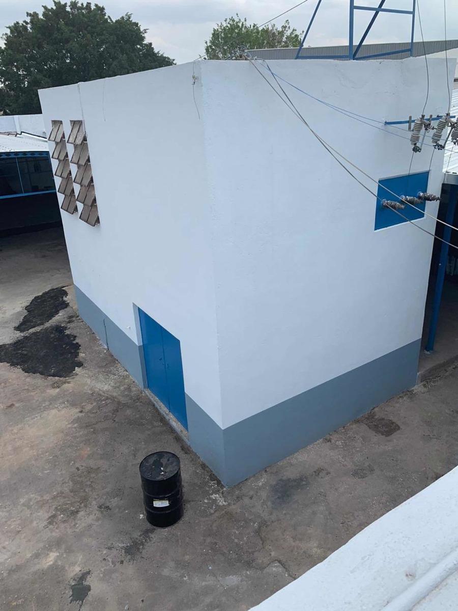 rento amplia bodega con oficinas incluidas en guadalajara