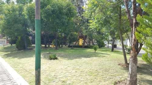 rento amplia casa en camino real a cholula fracc san bernard