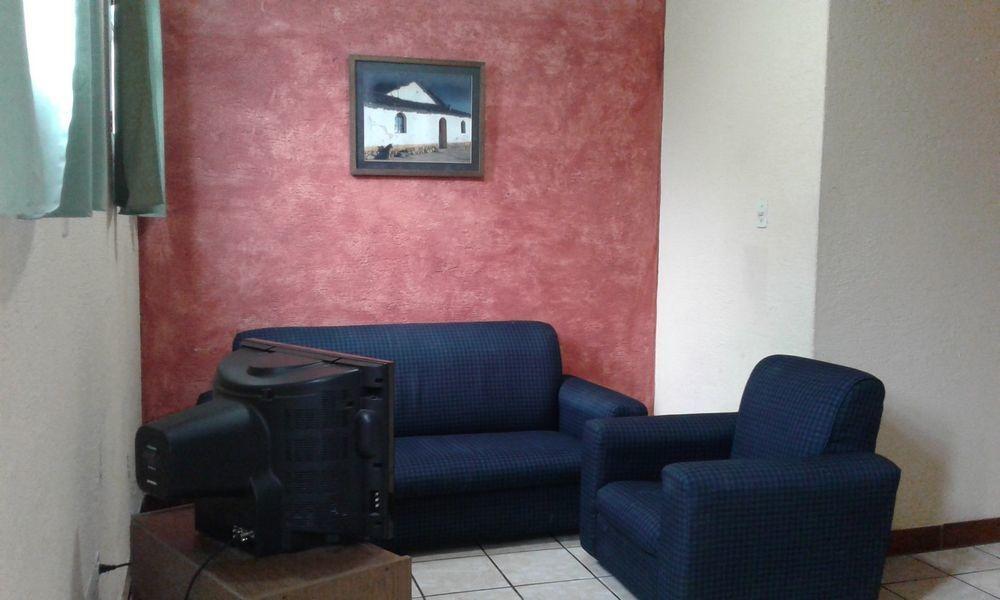 rento apartamento cerca del parque central antigua guatemala