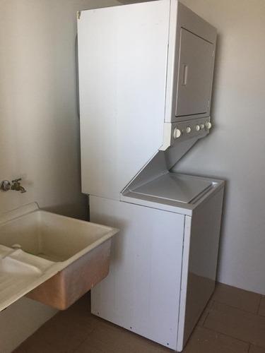 rento apartamento en zona 14 sector la villa, edif. condado