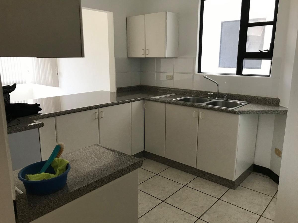 rento apartamento zona 15