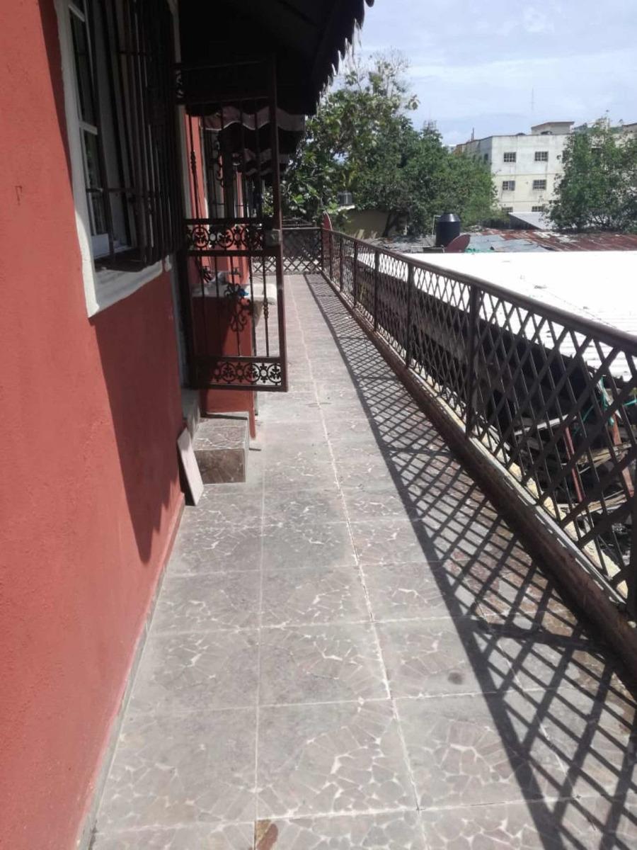 rento apartmento con terraza en alma rosa 1