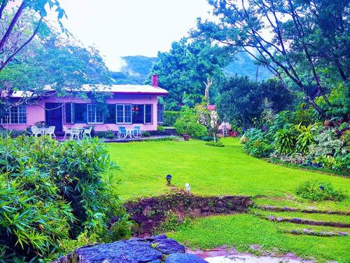 rento bella casa amueblada frente al río en el valle