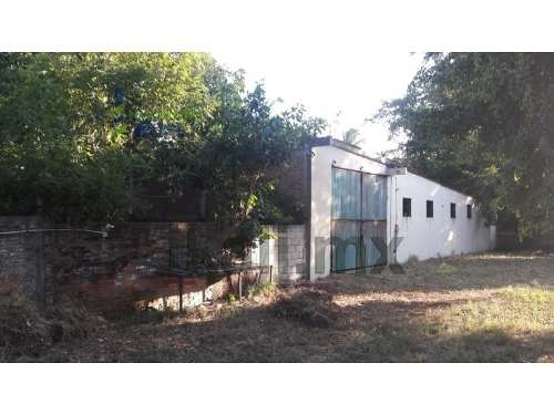 rento bodega colonia aviación vieja poza rica veracruz. ubicado en calle ferrocarril no. 314, colonia aviación vieja, en el municipio de poza rica veracruz, con una superficie construida de 350 m², e
