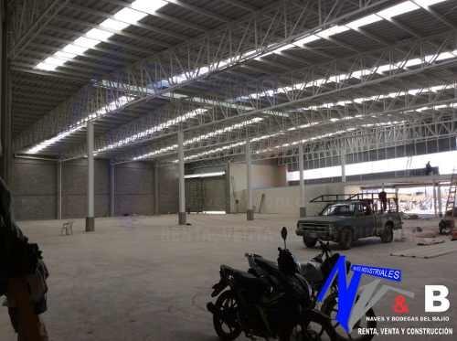 rento bodega con rampas 2,500 m2