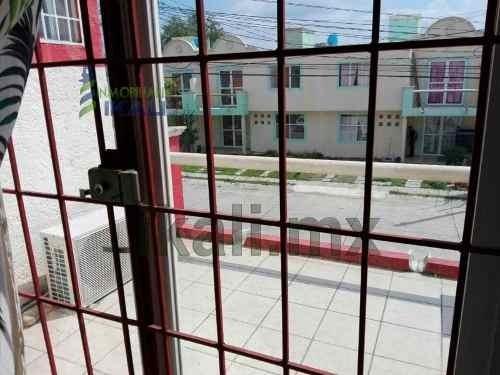 rento casa 2 recamaras fracc la ceiba poza rica veracruz, se encuentra ubicada en la calle agustín lara # 11 del fraccionamiento la ceiba, cuenta con 117 m² de construcción y 128 m² de terreno, sala