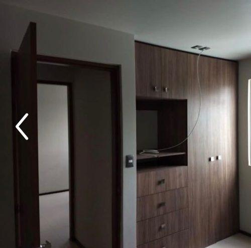 rento casa en senda real, de 3 recámaras, 2 1/2 baños, priv