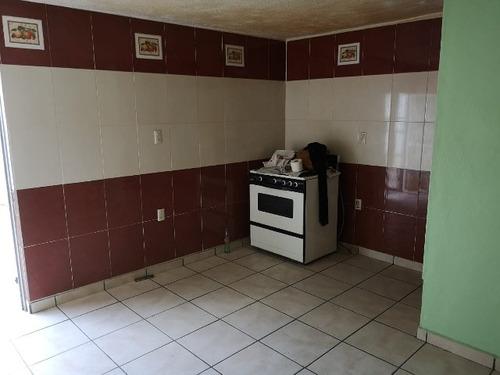 rento  casa grande a unas cuadras de a sep