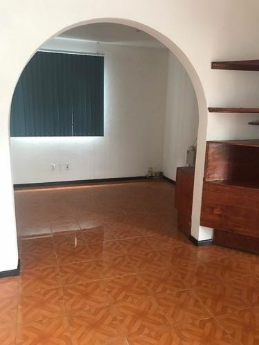 rento casa para oficinas