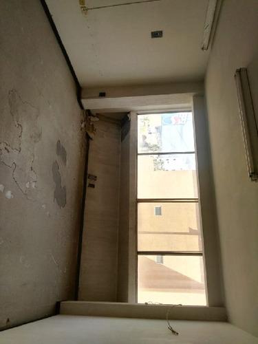 rento cosultorio/oficina frente al h. materno infantil