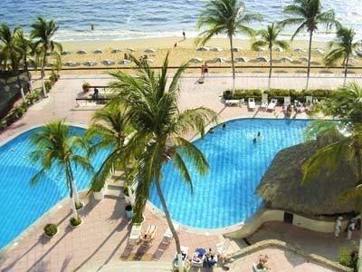 rento departamento en acapulco, acceso directo a la playa
