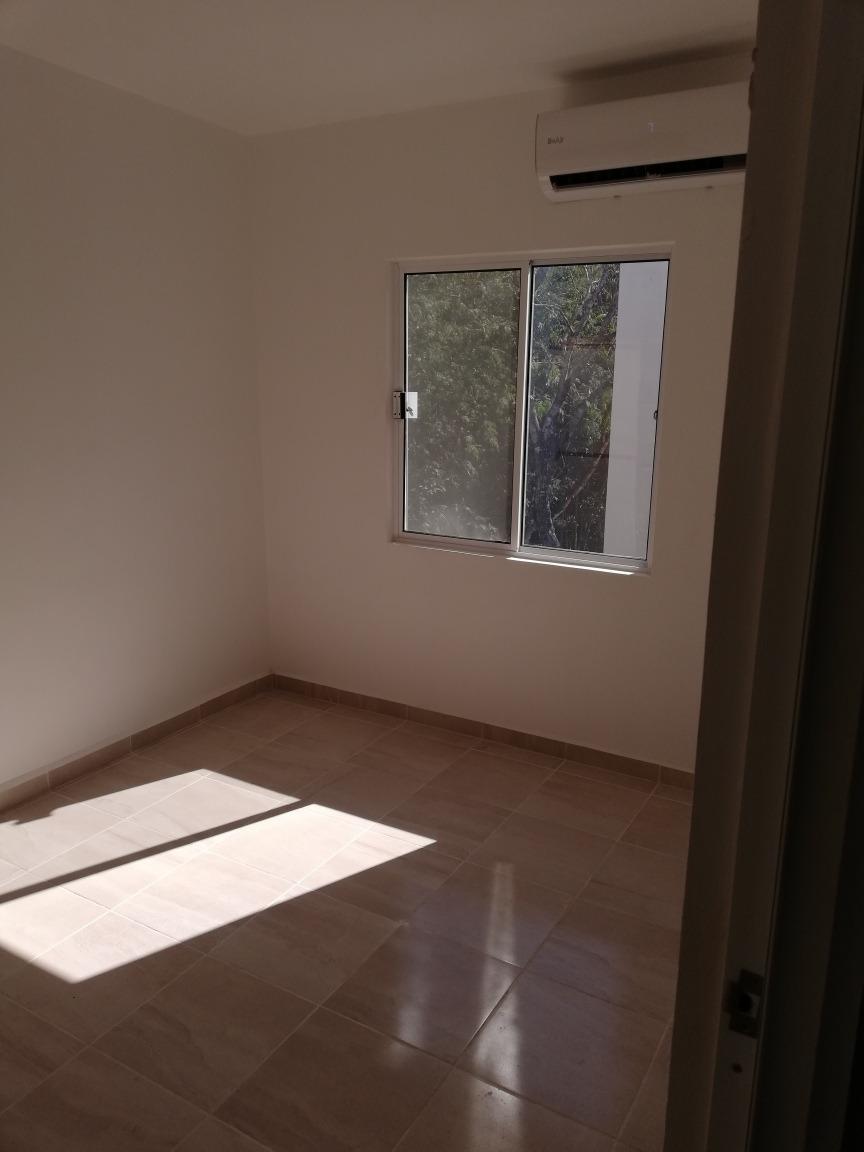 rento departamento en ciudad mayakoba 2 habitaciónes 1 baño.