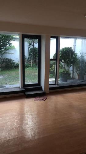 rento excelente oficina con jardin de 100m2  en polanco