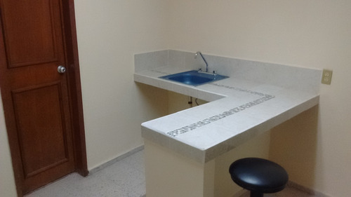 rento habitacion como minidepartamento amueblado centrico