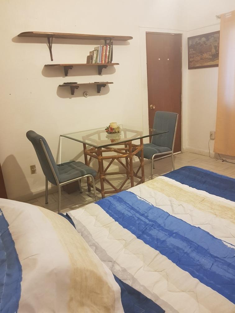 rento habitación muy bonita