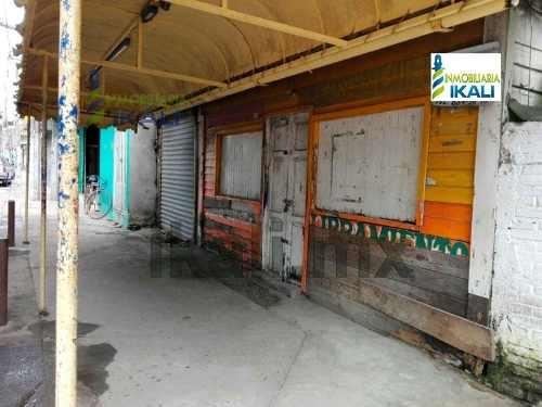 rento local comercial 198 m² por el crucero tuxpan veracruz, se encuentra ubicado en el libramiento av. adolfo lópez mateos # 81 de la colonia el esfuerzo, cuenta con 198 m², local de madera, el terr