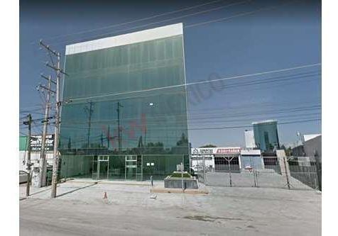 rento local comercial de 225 m² en blvd. valsequillo xilotzingo