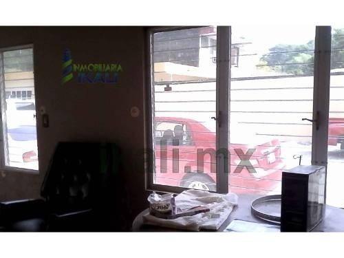 rento local comercial santiago de la peña tuxpan veracruz 36m², se encuentra ubicado en la calle recreo esquina con calle artesanos en la planta baja, cuenta con 36 m², 2 habitaciones, 1 baño, comedo