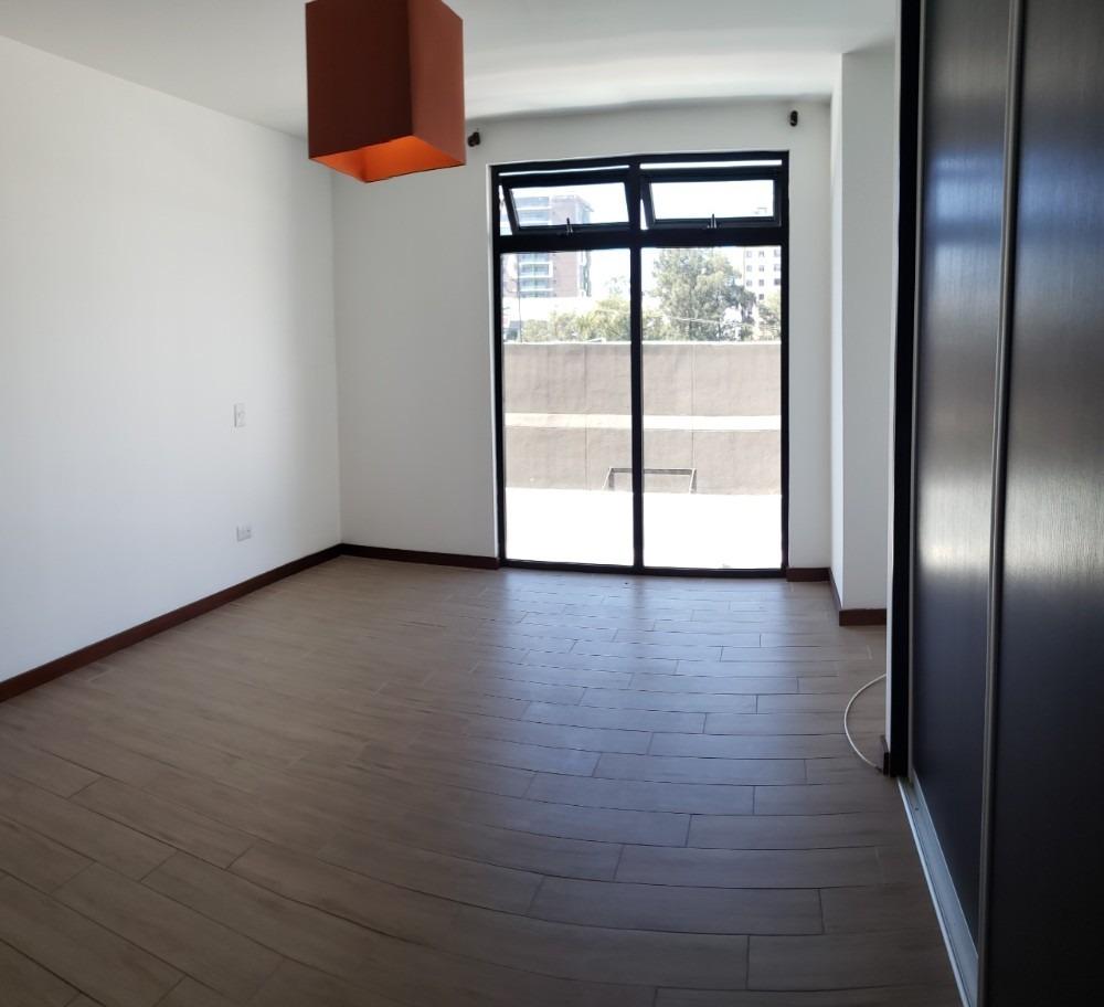 rento lujoso apartamento en zona 15