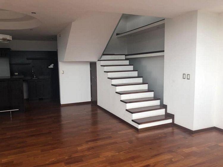 rento o vendo lujoso apartamento en zona 15