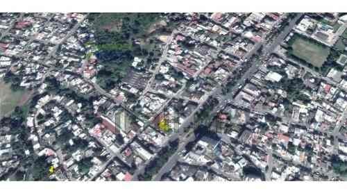 rento terreno 200 m² col. benito juarez poza rica veracruz. cuenta con un frente de 12 m² y una profundidad de 18 m².el terreno cuenta con los servicios de la ciudad: luz, agua y drenaje. se encuentr