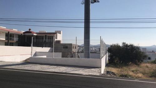 rento terreno comercial y servicios, juriquilla, 724m2