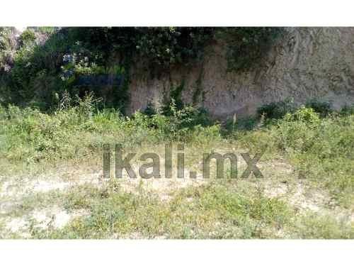 rento terreno de 1500 m² en colonia centro de tuxpan veracruz, terreno en forma rectangular, junto a un cerro rebajado al nivel de la calle, con una leve inclinacion hacia la calle, se encuentra ubic