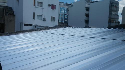 reparación, construcción de techos y galpones prefabricados.