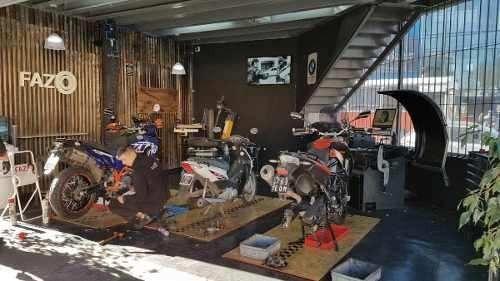 reparacion cubierta de moto en fazio servicio premiun motos