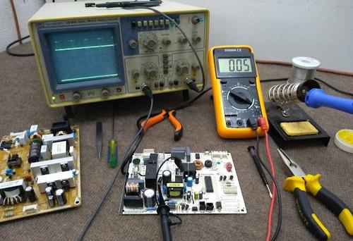 reparación d placa electrónica técnico d aire acondicionado
