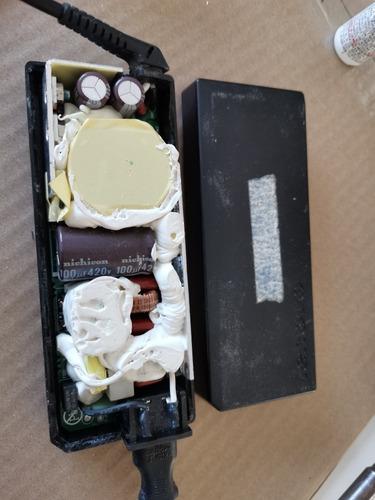 reparación de cargador de laptop cualquier marca, garantia