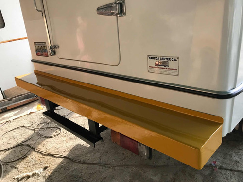 reparación de cavas e fibra de vidrio y mantenimientos