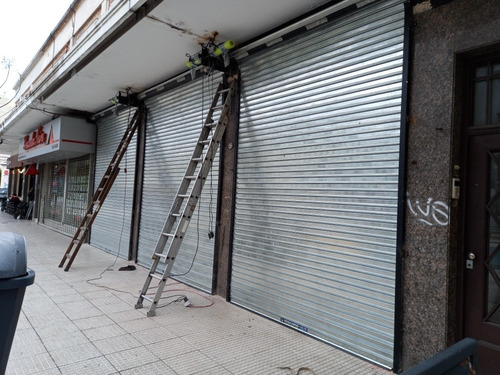 reparacion de cortinas portones accesos garaje negocios