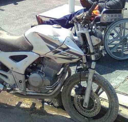 reparacion de motos chocadas, cuadros, horquillas, barrales.