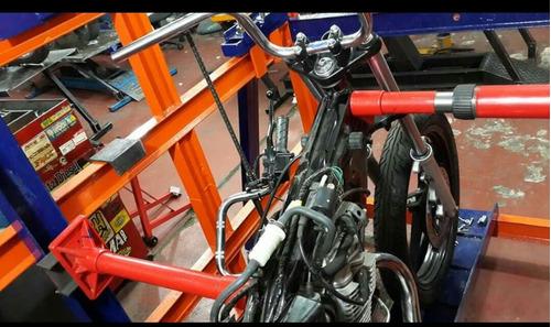 reparación de motos chocadas enderezamos cuadros  con banco
