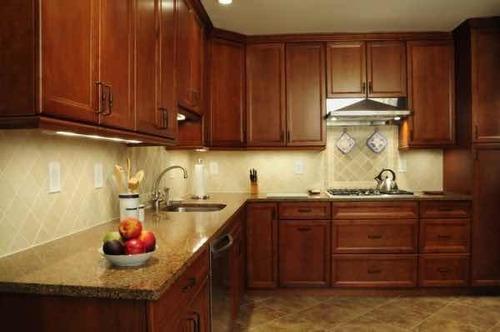 reparación de puertas, closet, gabinetes de cocina de madera