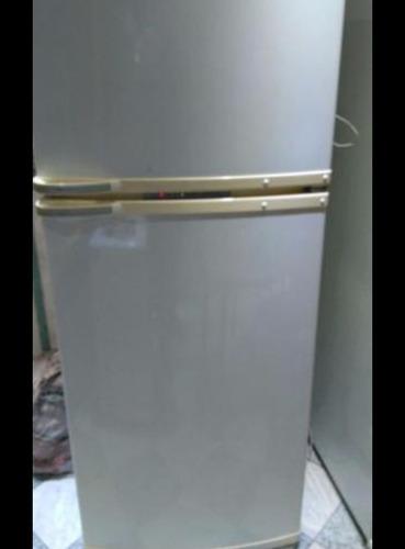 reparación de puertas de heladeras/bujes/perno/pintura!