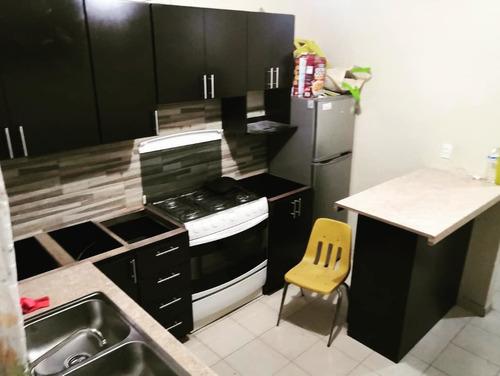 reparacion de puertas, fabricación de cocinas, closets!
