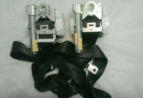 reparacion de radios ford fiesta y cinturones de seguridad
