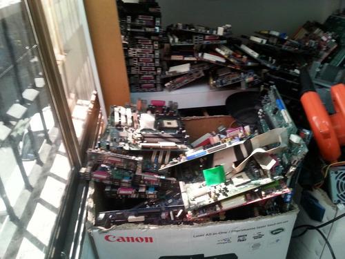 reparación de tarjetas madre, laptops y tarjetas gráficas...