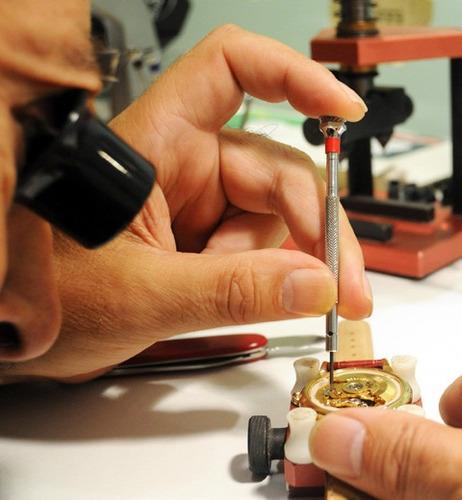 reparacion de toda marca de reloj,micas,pilas mantenimiento
