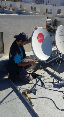 reparación e instalaciones de antenas satelitales