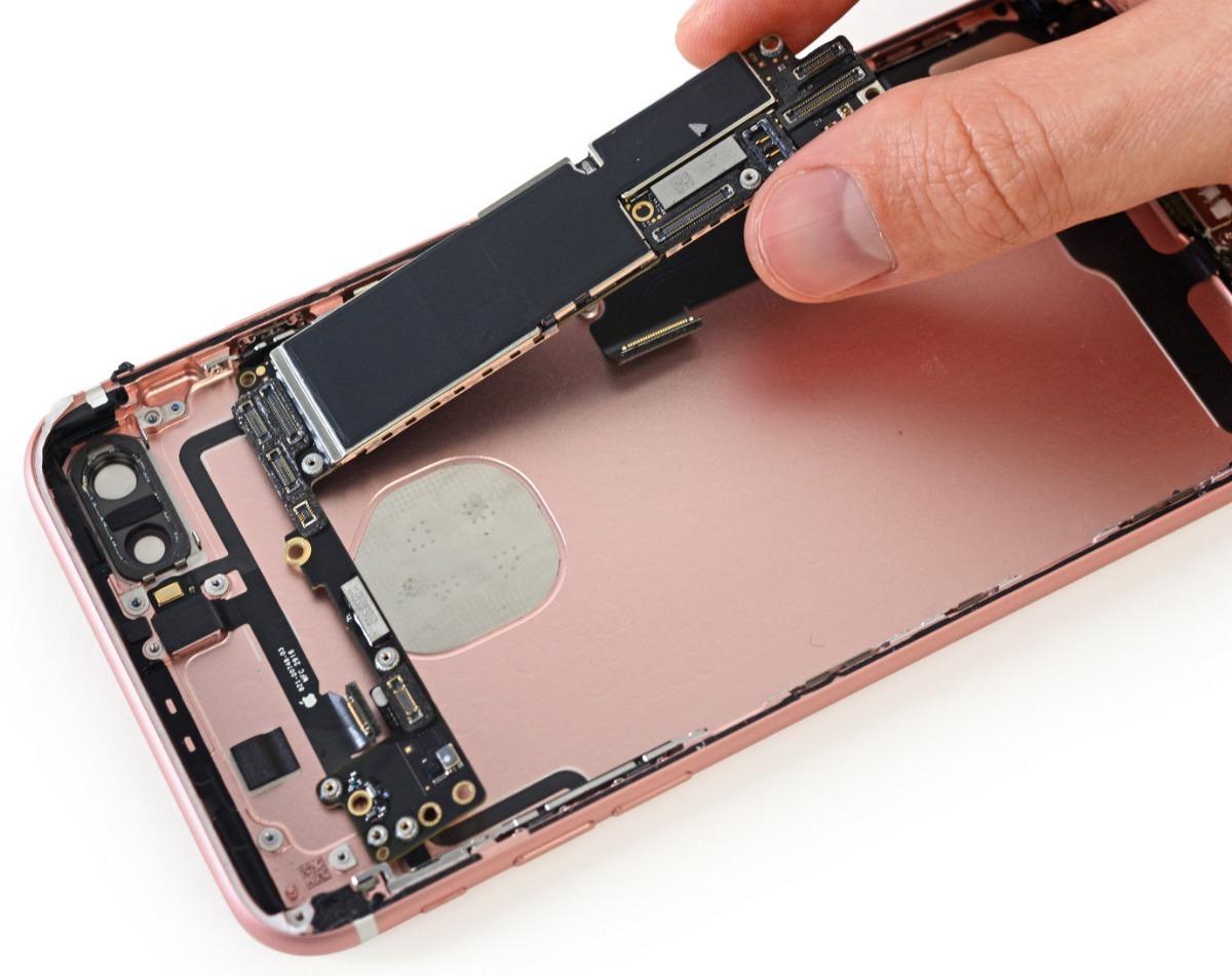 359ca467290 Reparación En Placa Ic Touch iPhone 7 A1660 A1778 - $ 4.800,00 en ...