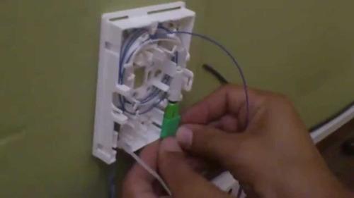 reparación fibra óptica en hogar: antel - fttx,
