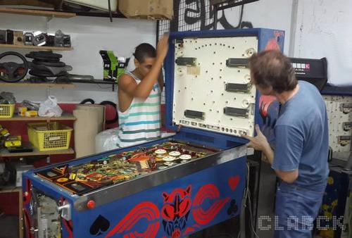 reparacion flippers, arcades, fonolas , videojuegos vintage