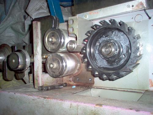 reparación  molinos para plástico y fabricación de cuchillas